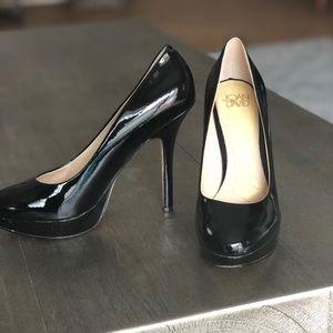 Joan & David Black heels